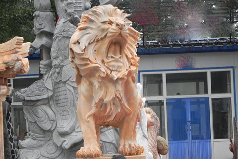 Roaring lion statues for lawn ornaments on sale